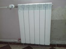 монтиран радиатор в кухня